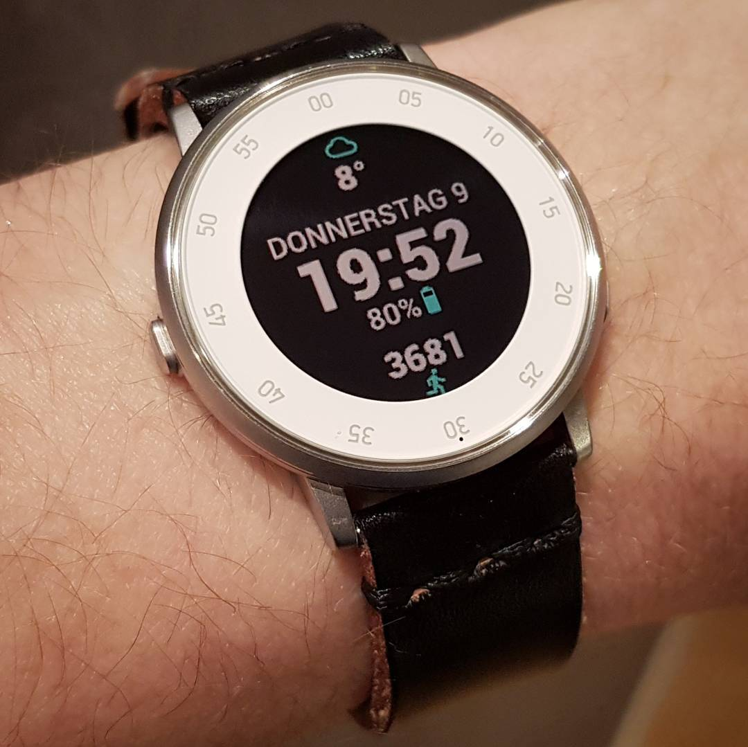 Simply Sleek - Pebble Watchface on Pebble Time Round