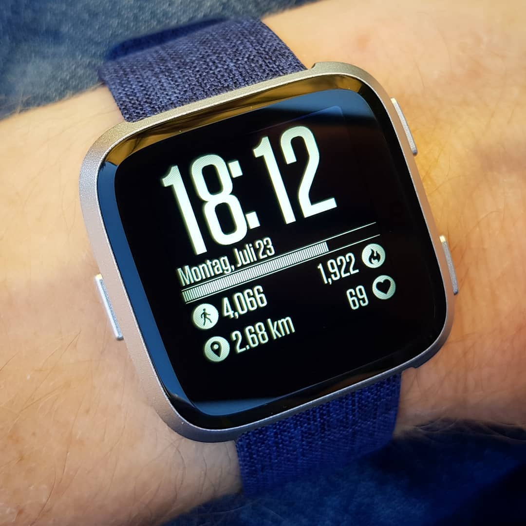Ambient - Fitbit Clock Face on Fitbit Versa