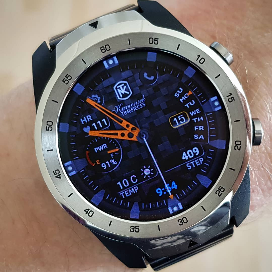 KT Carbon Fiber - Wear OS Watchface on Mobvoi TicWatch Pro
