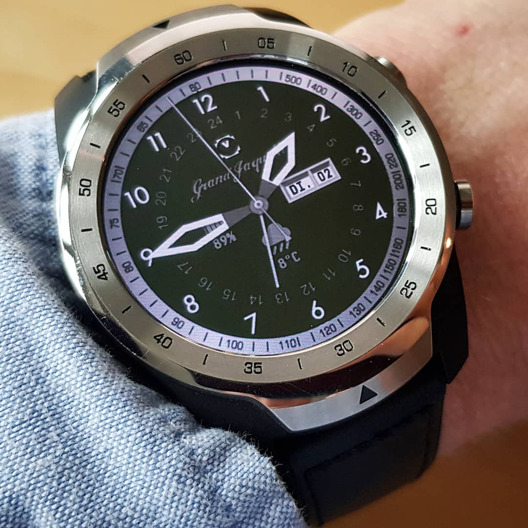 CFW Grand Jaquette - Wear OS Watchface on Mobvoi TicWatch Pro