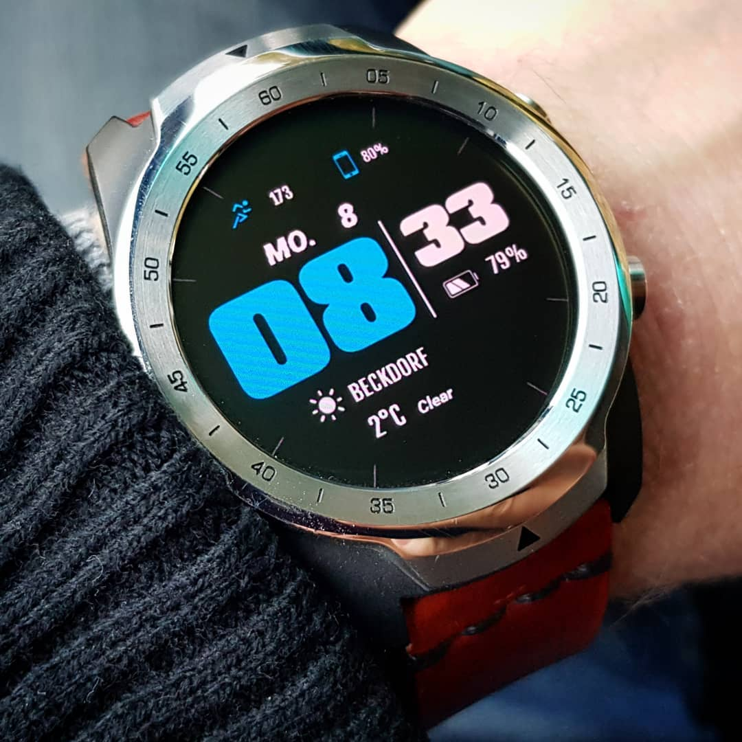 All Infos (black & blue) - Wear OS Watchface on Mobvoi TicWatch Pro