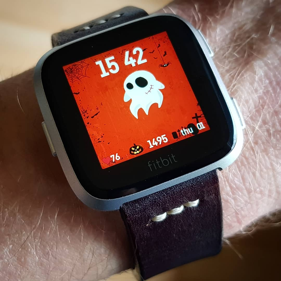 Mr Ghost HALLOWEEN - Fitbit Clock Face on Fitbit Versa