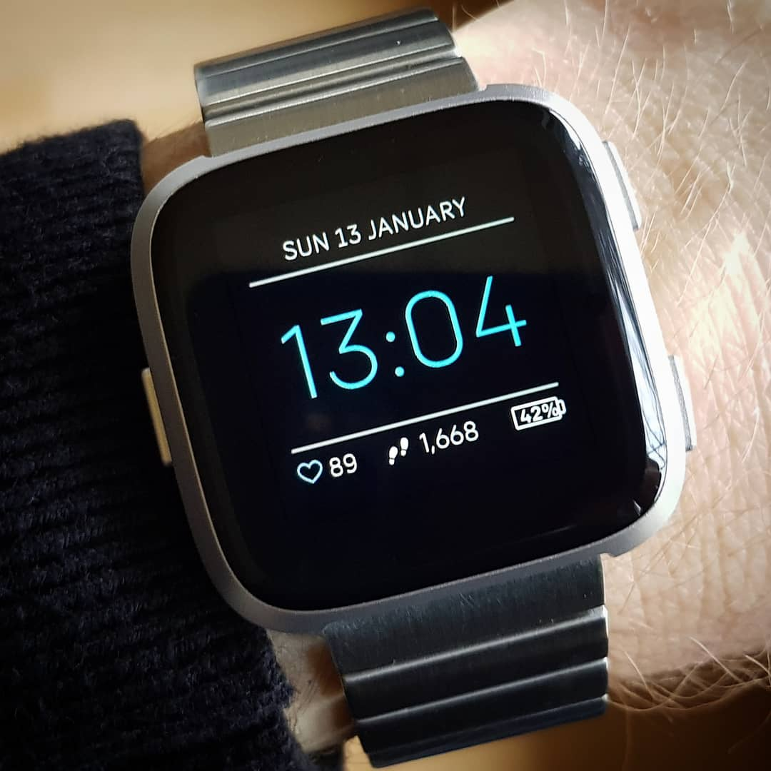 Minimal Style - Fitbit Clock Face on Fitbit Versa