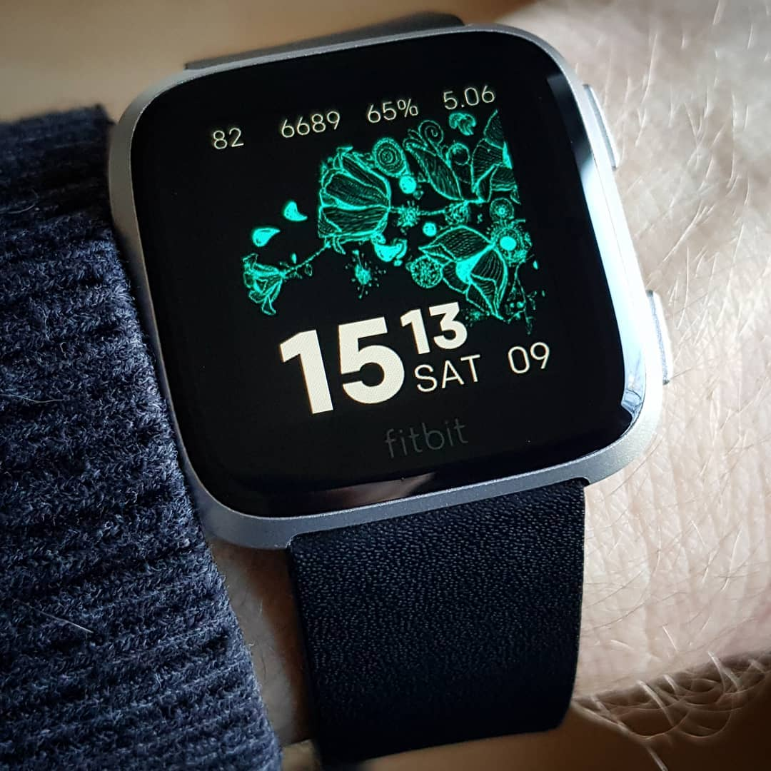 Bloom - Fitbit Clock Face on Fitbit Versa